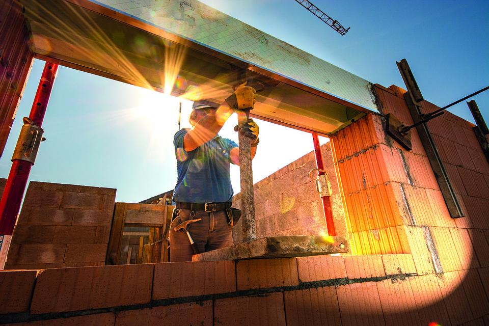 Aggiornamenti in materia di opere abusive e riduzione del rischio sismico